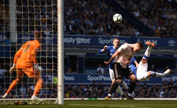 TRỰC TIẾP Everton 2-0 Man United: Thêm một siêu phẩm, Quỷ đỏ tan nát? (H1) - Bóng Đá