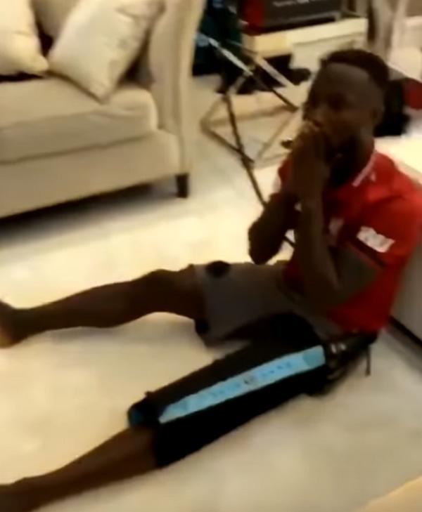 Naby Keita ăn mừng khó đỡ sau khi Liverpool tạo địa chấn - Bóng Đá