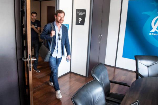 CHÍNH THỨC: Cựu HLV Chelsea trở lại ghế nóng sau gần 2 năm thất nghiệp - Bóng Đá