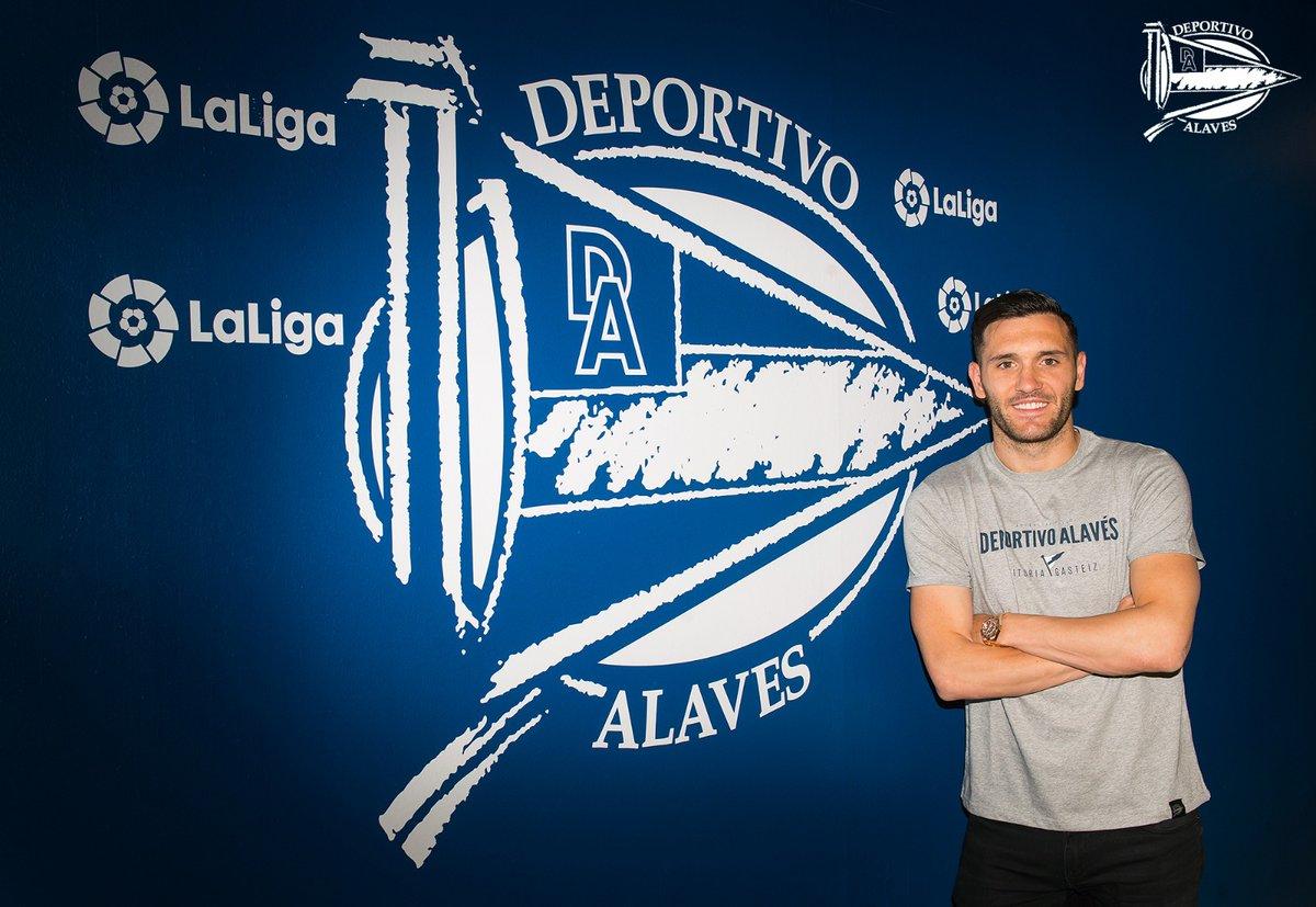 Lucas perez ra mắt Alaves (ảnh) - Bóng Đá
