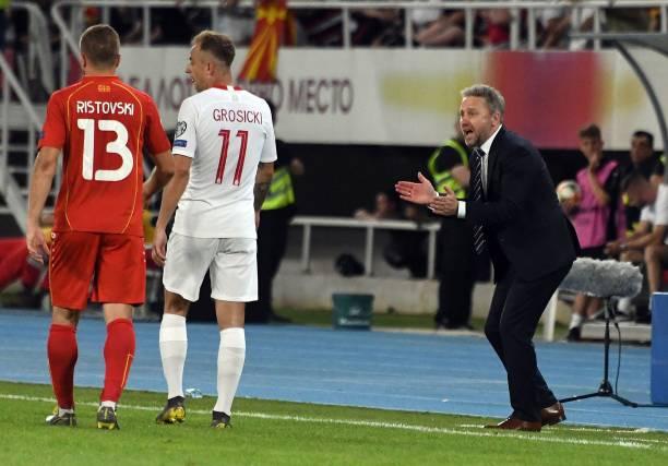 Đàn em liên tục tỏa sáng, Lewandowski không còn là 'số 1' ở Ba Lan - Bóng Đá