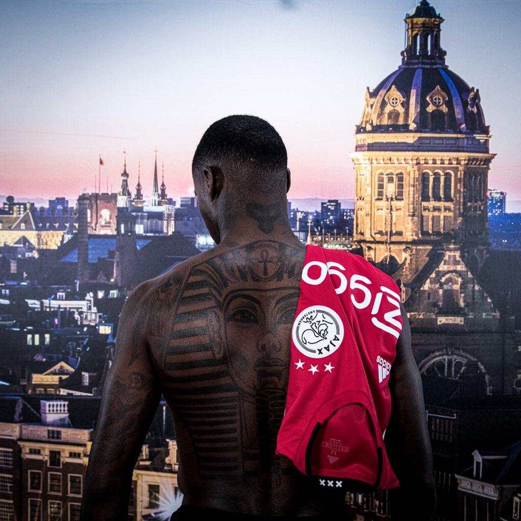 CHÍNH THỨC: Ajax ra mắt Quincy Promes - Bóng Đá