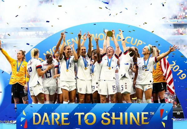 Một ngày 3 nhà vô địch, Brazil là đội 'tệ' nhất - Bóng Đá