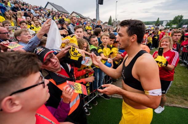 Chào mừng 'đứa con lưu lạc', Dortmund đại thắng 10-0 - Bóng Đá