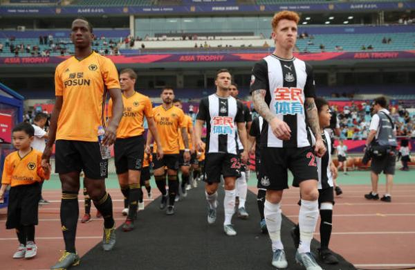 Hủy diệt Newcastle, 'khắc tinh' Big Six hẹn Man City ở chung kết - Bóng Đá