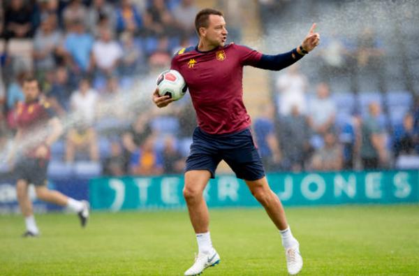 Chỉ là trợ lý HLV nhưng Terry ăn đứt Lampard về điều này - Bóng Đá