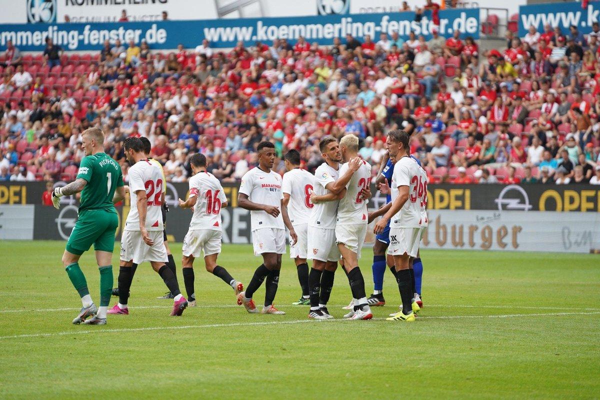3 tiếng 2 trận, đội bóng 11 tân binh vẫn xuất sắc đăng quang Opel Cup - Bóng Đá