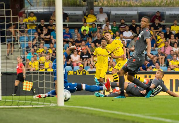 Xuất hiện đội bóng toàn thắng 4 trận giao hữu như Man United - Bóng Đá