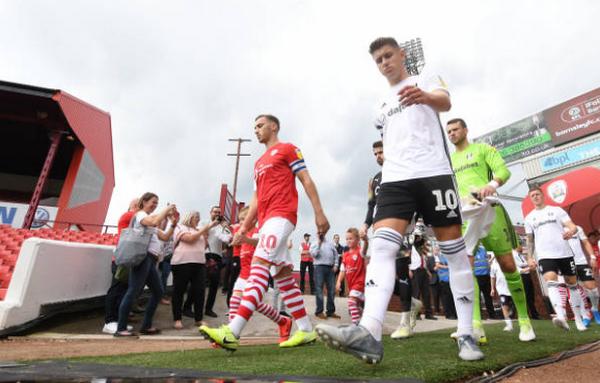 Kinh hoàng! 'Premier League' bị hủy diệt hoàn toàn loạt trận mở màn Championship - Bóng Đá