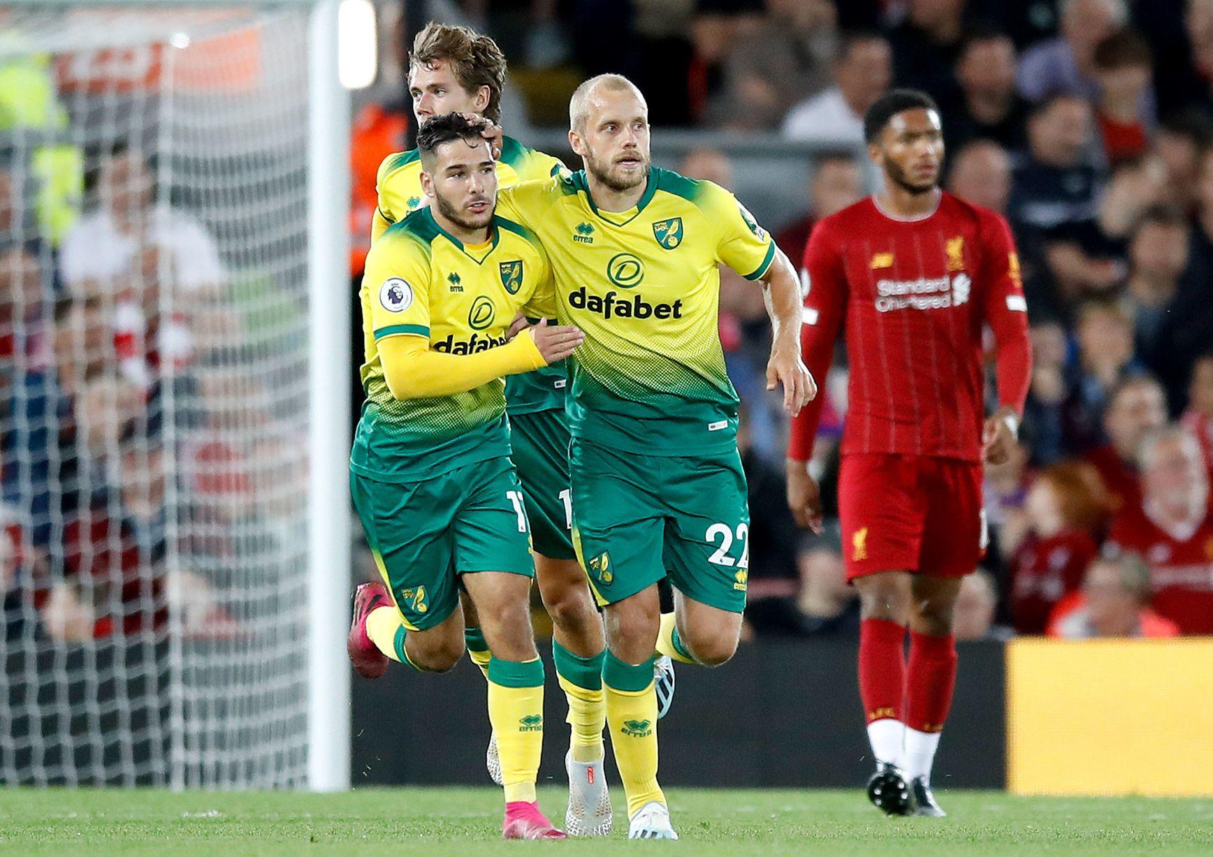 Thua thảm Liverpool, 'siêu tiền đạo' Norwich vẫn lập kỷ lục