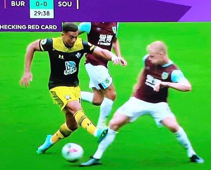Đây! 6 tình huống VAR đã xuất hiện tại vòng 1 Premier League - Bóng Đá