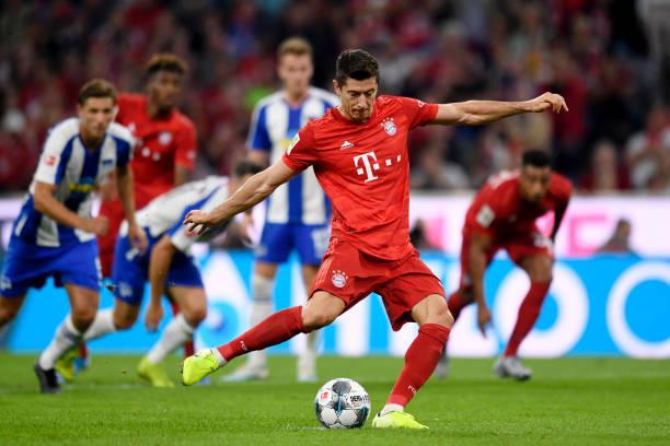 Bayern xếp hạng 6, Lewandowski vẫn làm được điều 'đáng sợ' - Bóng Đá