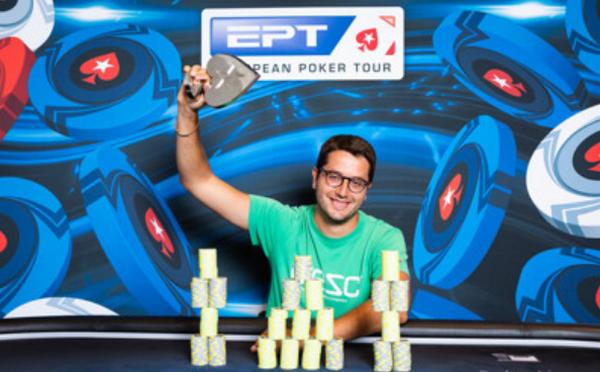 Pique hạng 2, Vidal hạng 6 ở giải Poker (ảnh) - Bóng Đá
