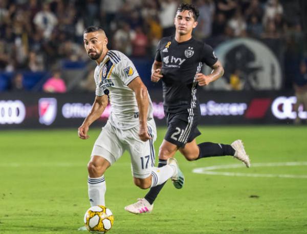 Ibrahimovic sút hỏng penalty và lập hattrick - Bóng Đá
