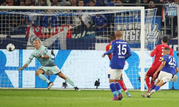 Vỡ òa phút 89, 'đối thủ cũ' của Quang Hải đưa Schalke lên hạng nhì - Bóng Đá