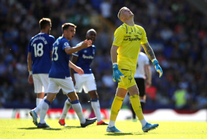Quá khát bàn thắng, Yerry Mina làm điều điên rồ với Everton - Bóng Đá