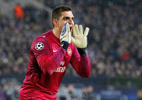 Cản phá 9 cú sút trong vòng cấm, cựu thủ môn Arsenal nhận điểm 10 hoành tráng - Bóng Đá