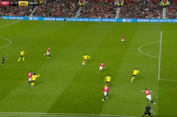 Khoảnh khắc Arsenal ghi bàn, Maguire thật sự đã tỏa sáng - Bóng Đá
