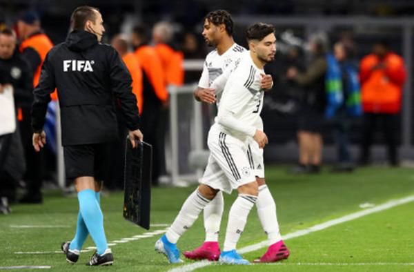 4 tài năng trẻ vừa lần đầu ra mắt tuyển Đức - Bóng Đá