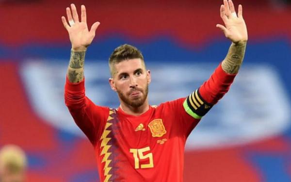 Ramos, Buffon và top 10 cầu thủ khoác áo ĐTQG nhiều nhất - Bóng Đá