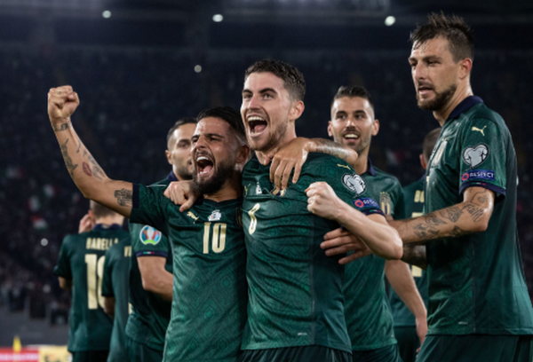 CHÍNH THỨC: Nga, Ba Lan giành vé đến EURO 2020 - Bóng Đá