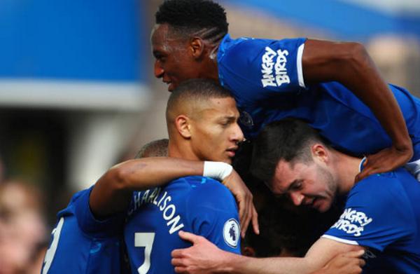 Giành 3 điểm, Everton đẩy Man United xuống vị trí 'xui xẻo' - Bóng Đá
