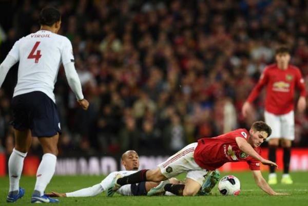 TRỰC TIẾP Man United 1-0 Liverpool: The Kop thay người, 'tội đồ' rời sân (H2) - Bóng Đá