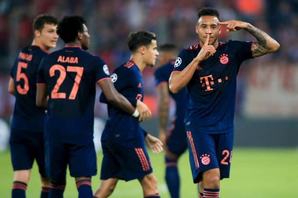 12 trận liên tiếp ghi bàn, hãy gọi Lewy là 'siêu nhân' - Bóng Đá