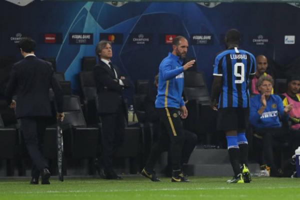 Tệ chưa từng thấy, Lukaku bị Conte đối xử 'phũ phàng' - Bóng Đá