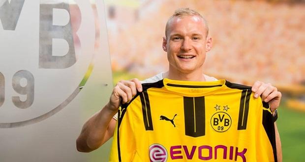 Rode vui mừng khi đầu quân cho Dortmund. Ảnh: Internet.
