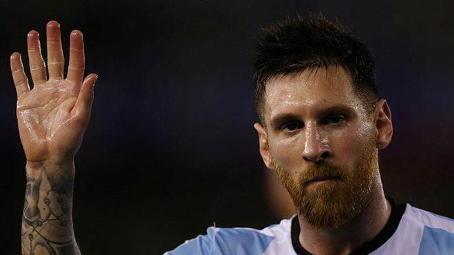 Barca 'đấu' với FIFA thực chất có phải để bảo vệ Messi? - Bóng Đá