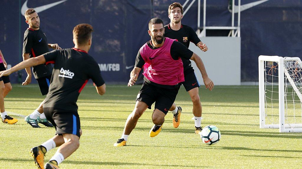21h15 ngày 16/09, Getafe vs Barcelona: Lấy gì cản Messi? - Bóng Đá