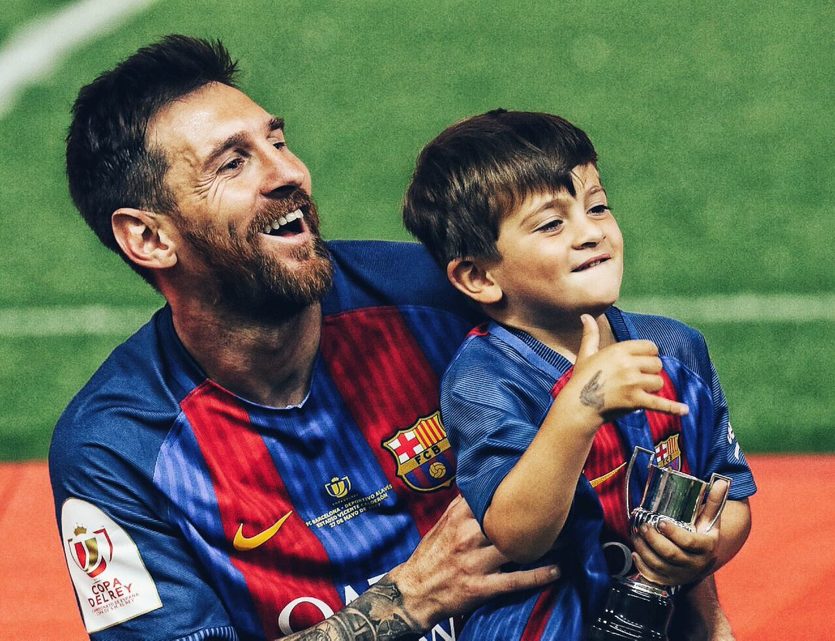 Messi: 'Con trai bắt tôi giải trình khi Barcelona thua cuộc' - Bóng Đá