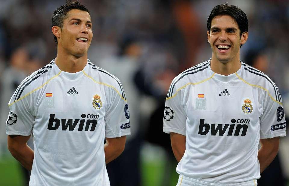 Ngày cuối năm, Kaka hồi tưởng những nghĩa cử đẹp của Ronaldo - Bóng Đá