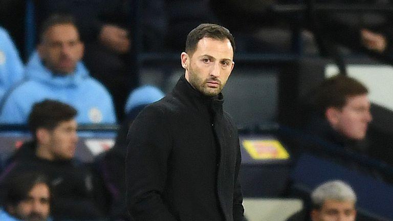 Schalke sa thải HLV sau khi thua Man City 7 bàn không gỡ - Bóng Đá