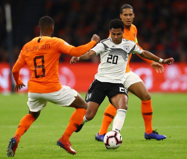Đức ghi 3 bàn vào lưới Hà Lan, Van Dijk bị so sánh với Lovren - Bóng Đá