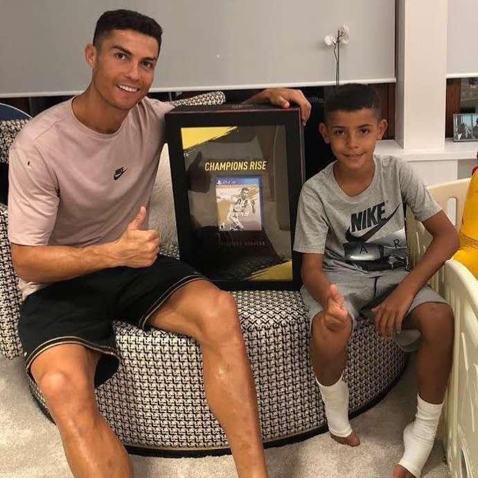 Ronaldo con ghi 7 bàn thắng trong một trận cho đội trẻ Juventus - Bóng Đá