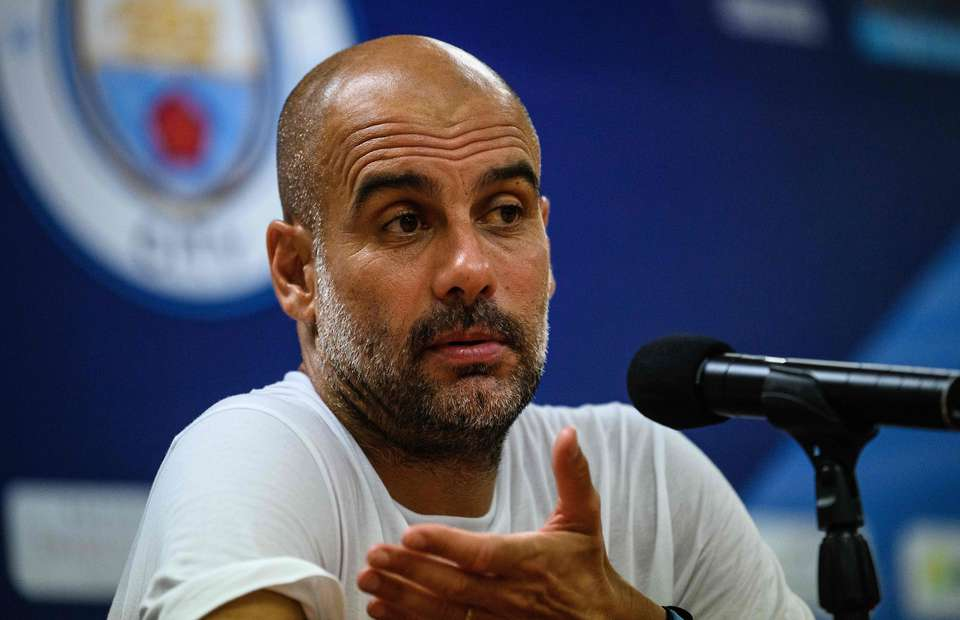 'It bothers me because it's not true' - Pep Guardiola hits back at Jurgen Klopp over spending - Bóng Đá