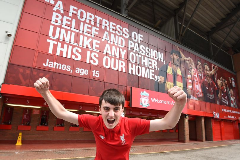 Liverpool teenager's message to everyone who enters the Kop at Anfield - Bóng Đá
