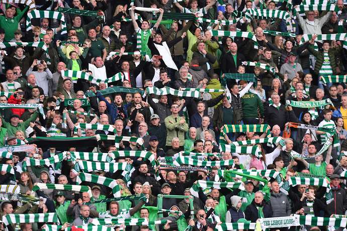 Super fan who has visited 536 grounds says Celtic Park has the best atmosphere in the world - Bóng Đá