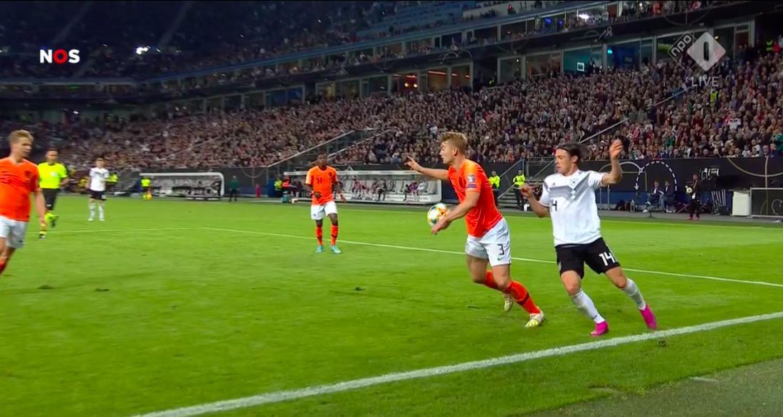 CĐV Hà Lan: 'Tỷ số là 4-1, bởi pha đó không đáng là penalty' - Bóng Đá