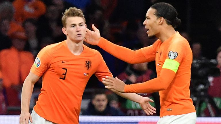 Virgil van Dijk and Matthijs de Ligt, but they can make mistakes  - Bóng Đá
