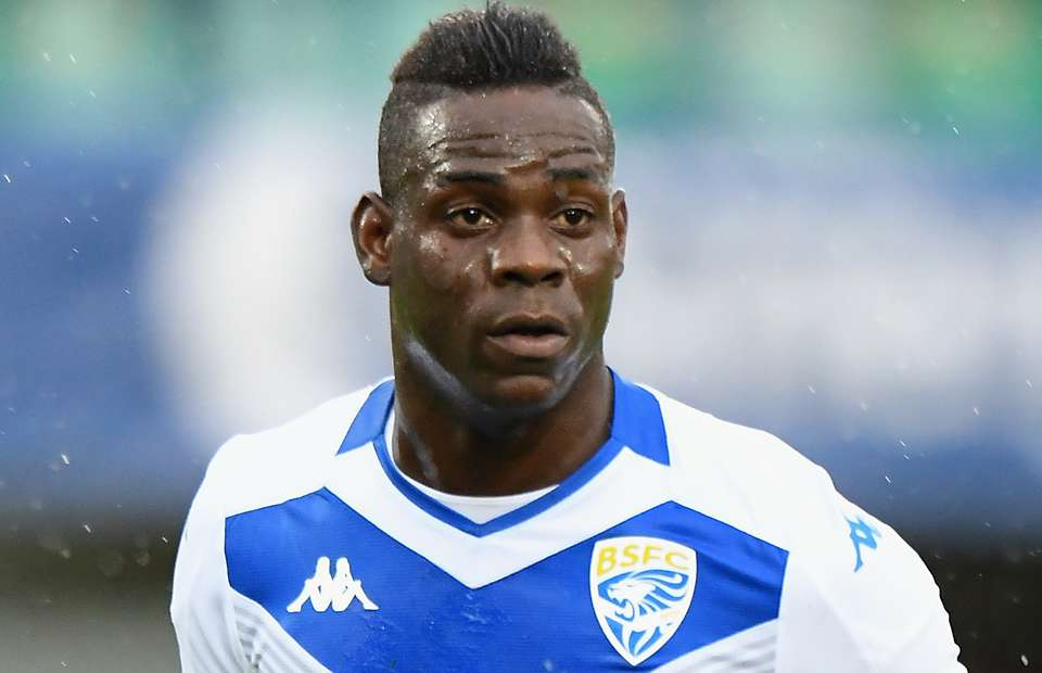 Mario Balotelli slammed by his OWN FANS following racial abuse in Verona v Brescia - Bóng Đá
