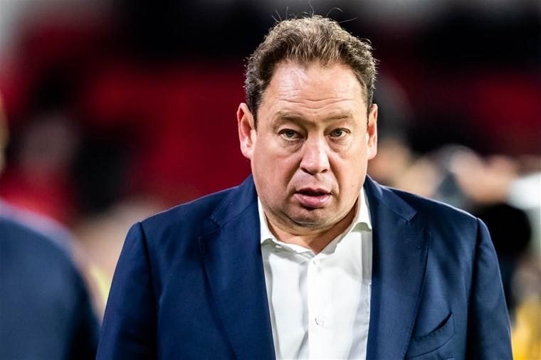 Đội bóng của Văn Hậu khiến cựu HLV tuyển Nga bị sa thải - Bóng Đá