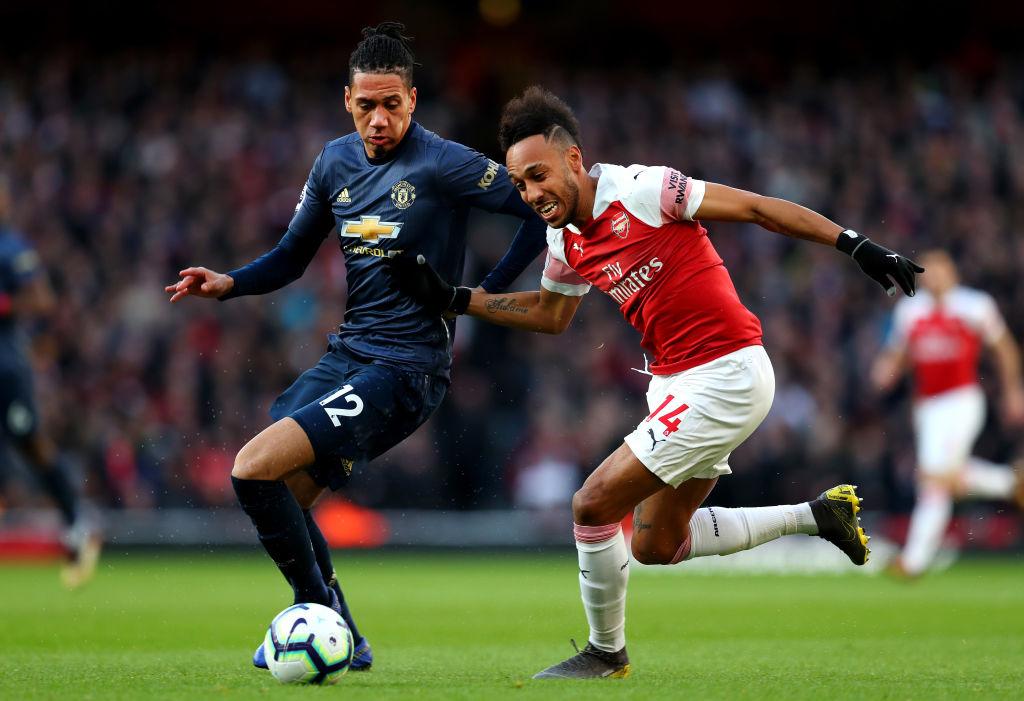 Huyền thoại giục Arsenal mua 'siêu trung vệ' giá rẻ của M.U - Bóng Đá