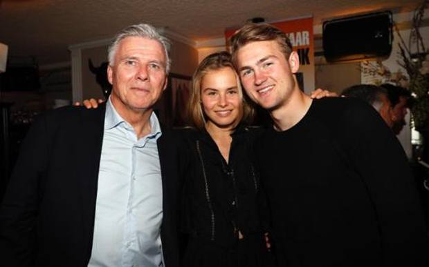 Father-in-law De Ligt is disappointed by Kluivert's texts: