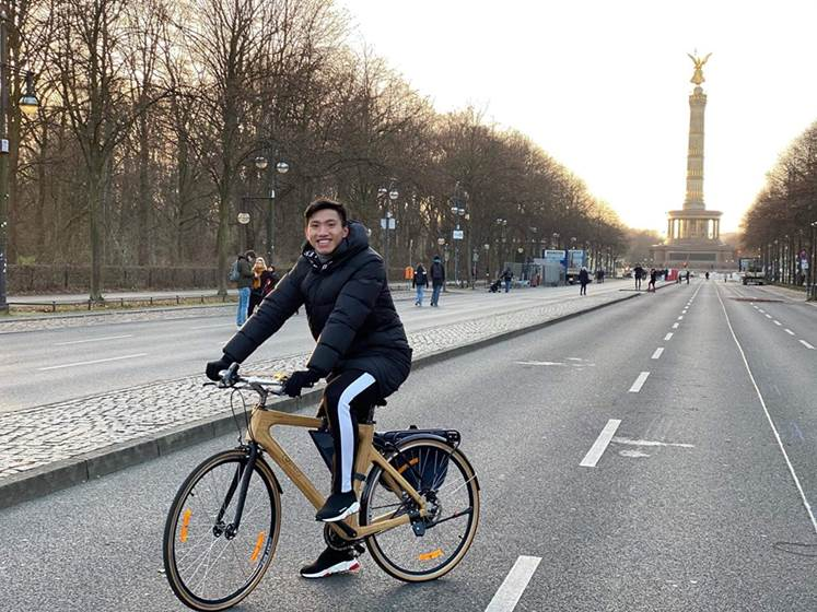 Heerenveen benefits from Vietnamese connections and closes striking 'bicycle deal' - Bóng Đá