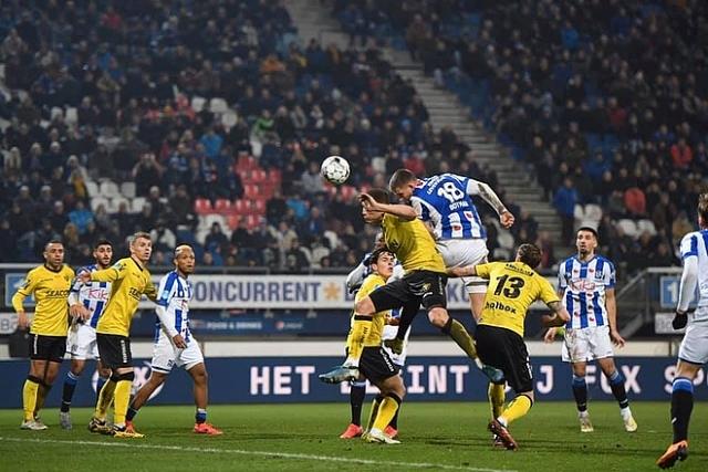 sc Heerenveen attempted 30 shots against VVV-Venlo - Bóng Đá