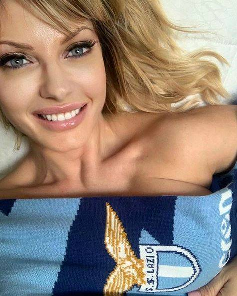 Not only Anna Falchi, also the ex-Miss Italy Manila Nazzaro dreams of the Lazio title PHOTO - Bóng Đá