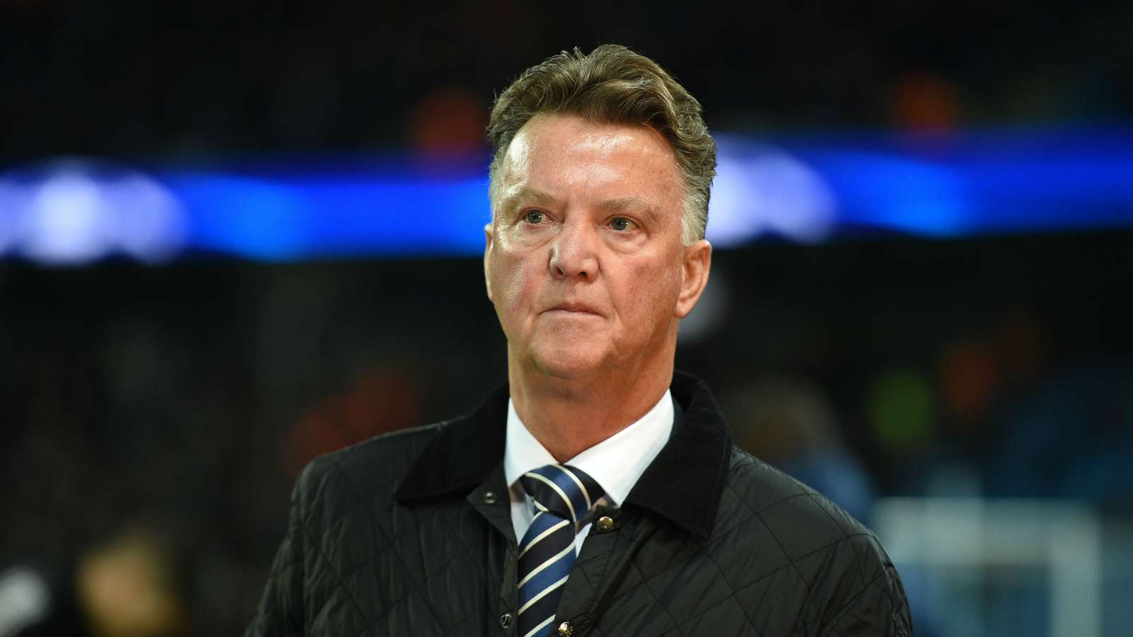Van Gaal blasts clubs trying to use coronavirus for their own benefit - Bóng Đá